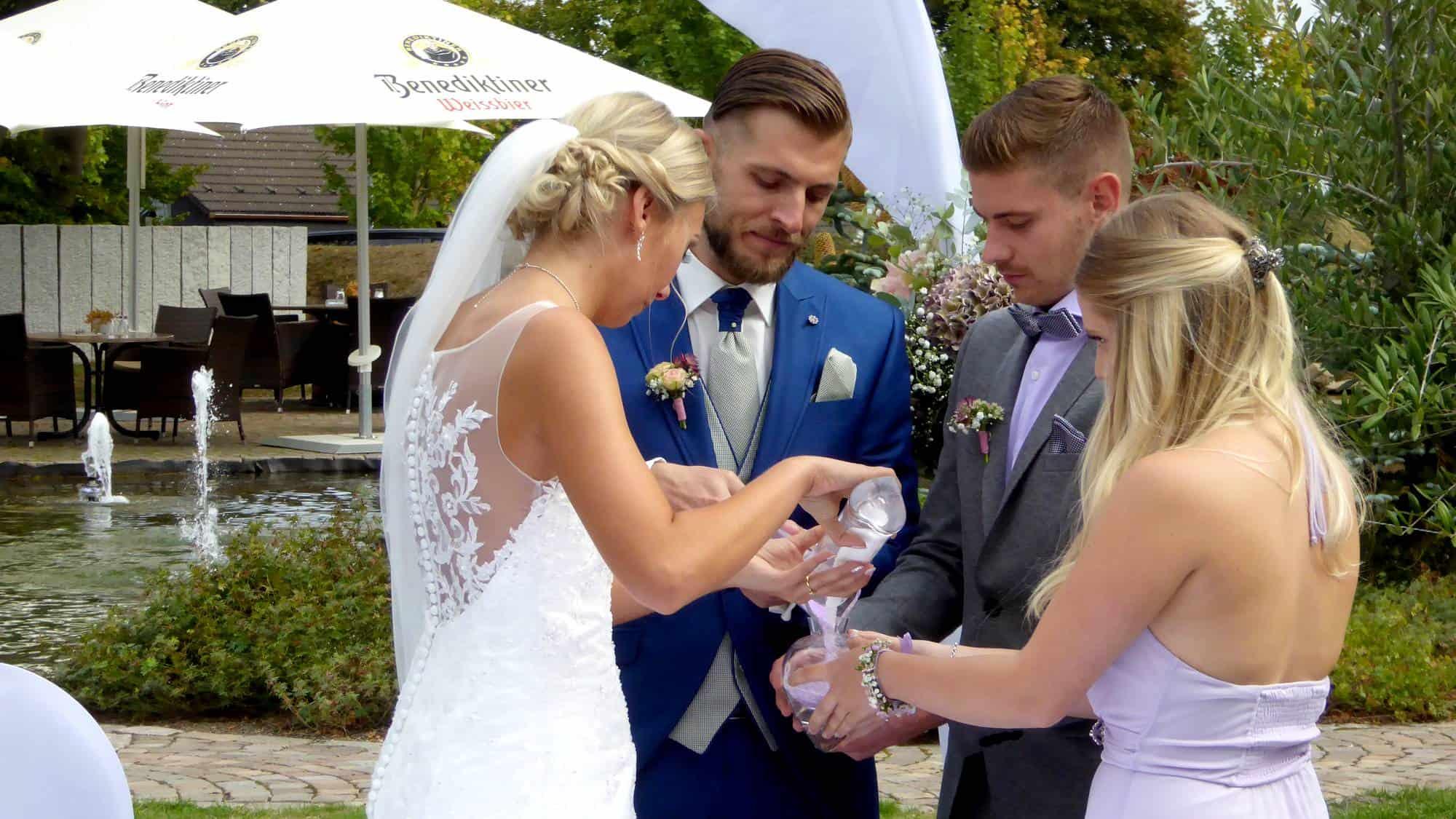 Das Sandritual bei der Hochzeitszeremonie