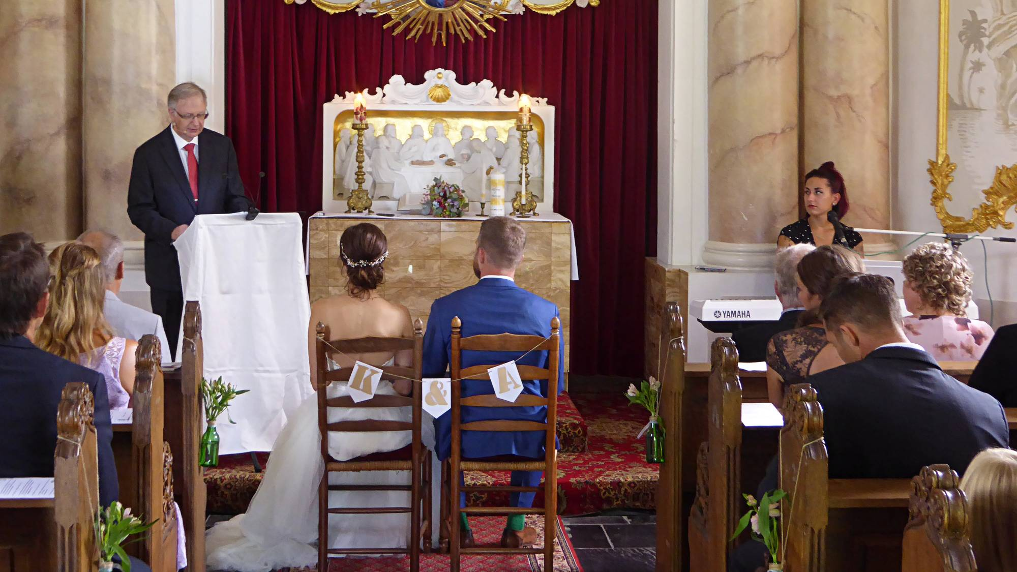 Sitzordnung bei der freien Trauung in einer Kirche