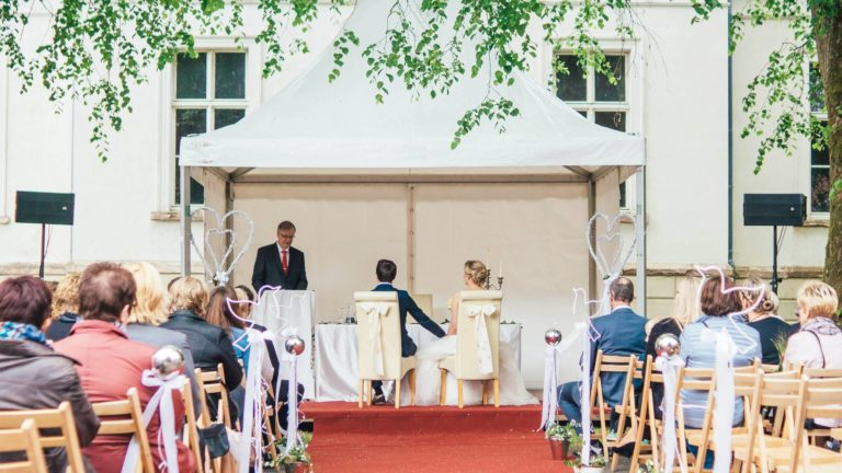 Freie Trauung mit Pavillon