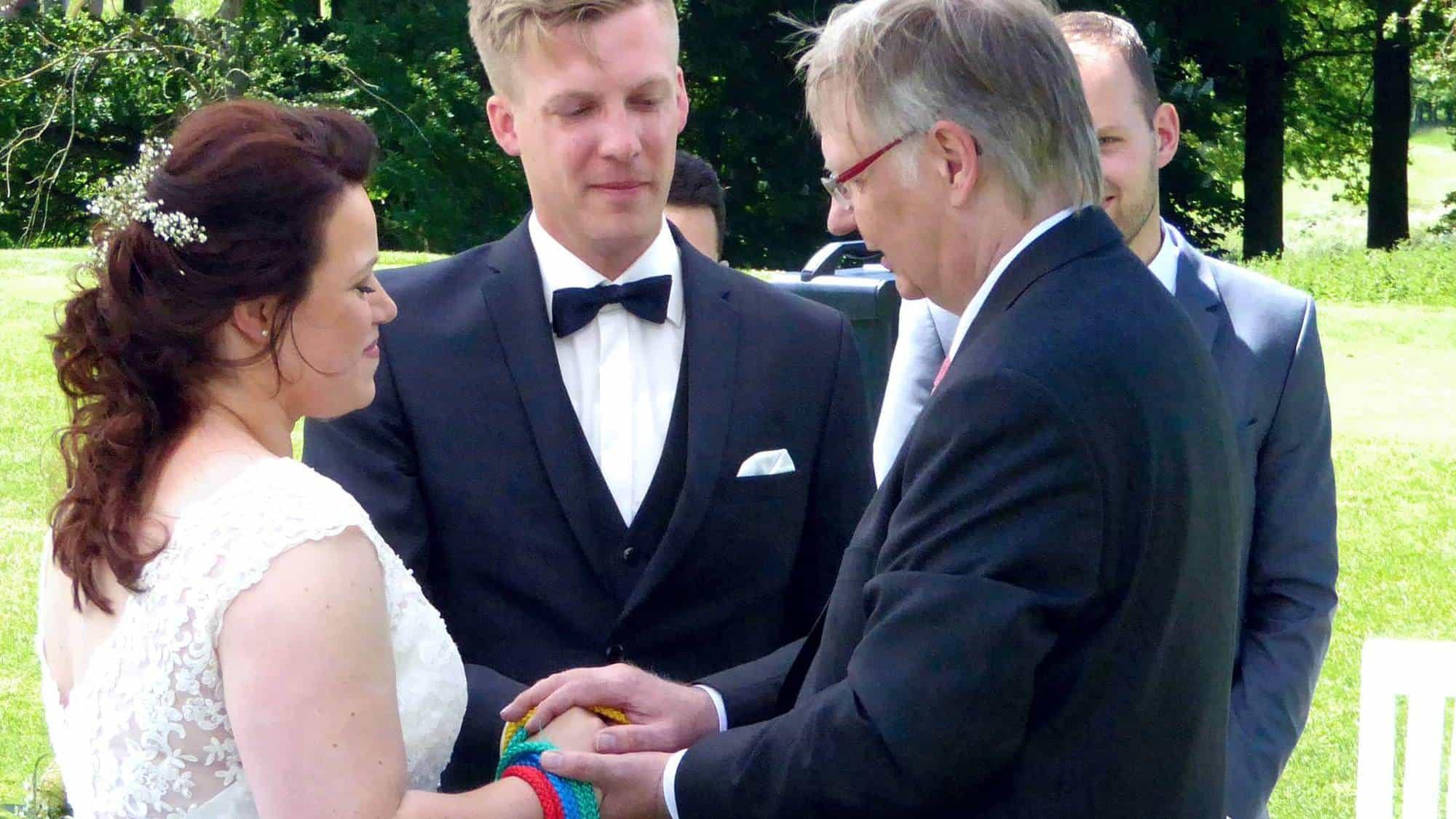 Segen für die Brautleute bei der freien Trauung