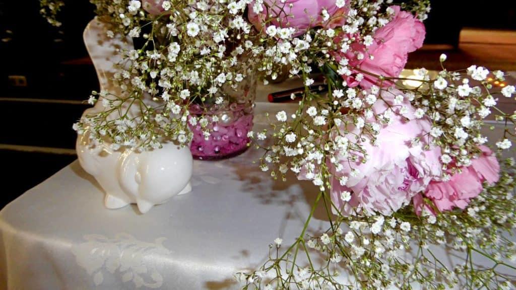Blumen und Deko für die Hochzeit